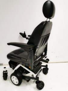 wózek inwalidzki elektryczny tył domowy